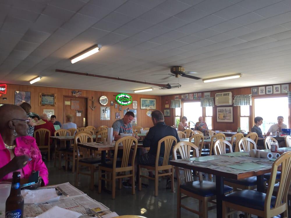 Sambo S Tavern 21 Photos Amp 41 Reviews Bars 283 Front
