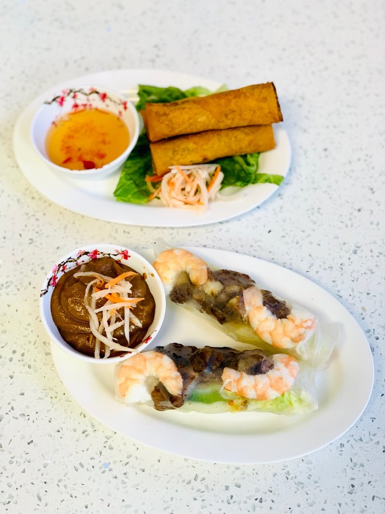 Pho Licious: 369 W Army Trail Rd, Bloomingdale, IL
