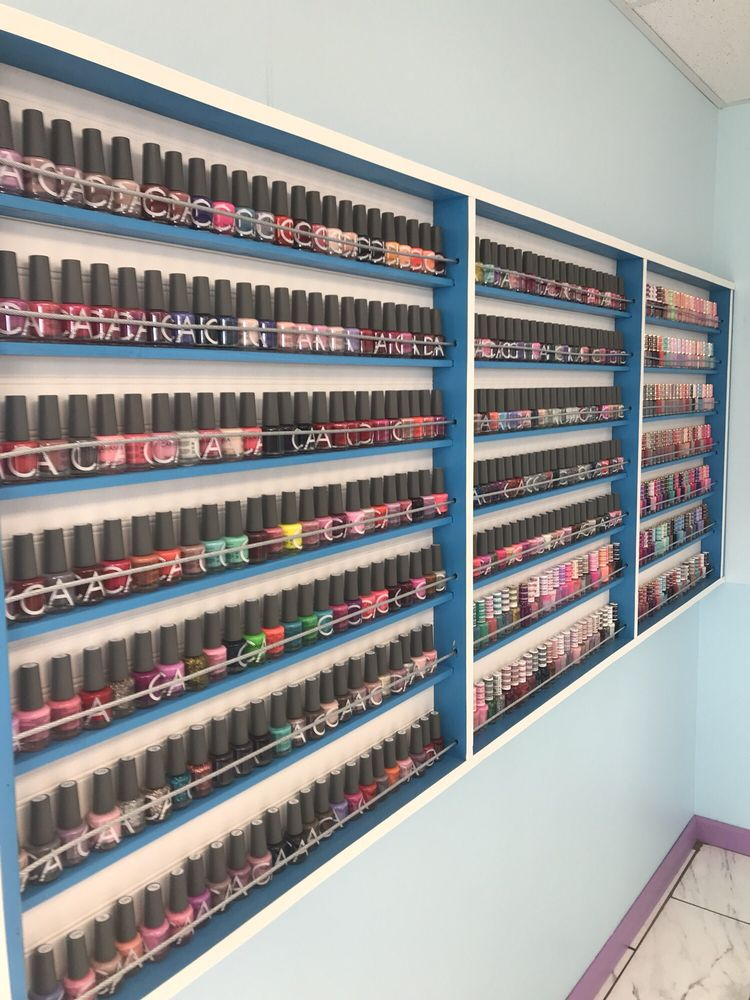 Fashion Nails & Spa: 528 Smelter Ave NE, Great Falls, MT