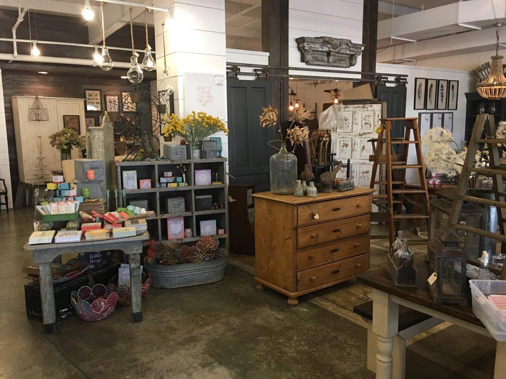 Harrison House Market: 1717 E Cherokee St, Springfield, MO