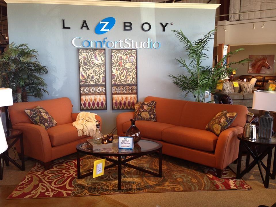 Photos for houston 39 s yuma furniture yelp for Furniture yuma az