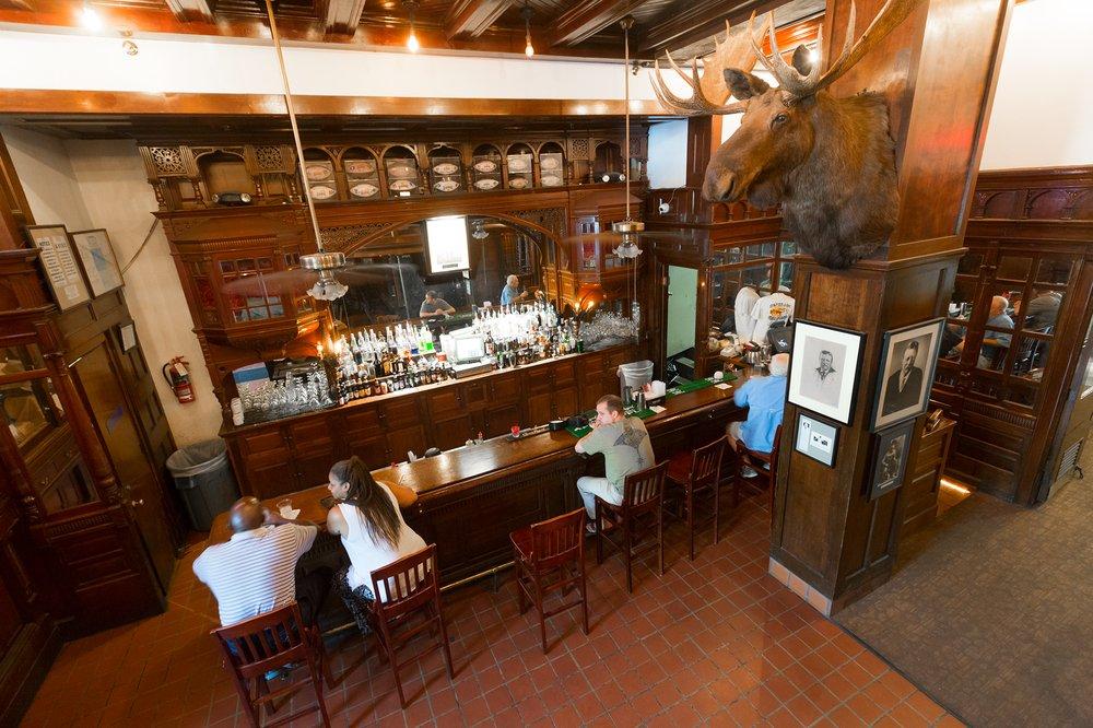 Menger Bar 181 Photos Amp 140 Reviews Bars 204 Alamo