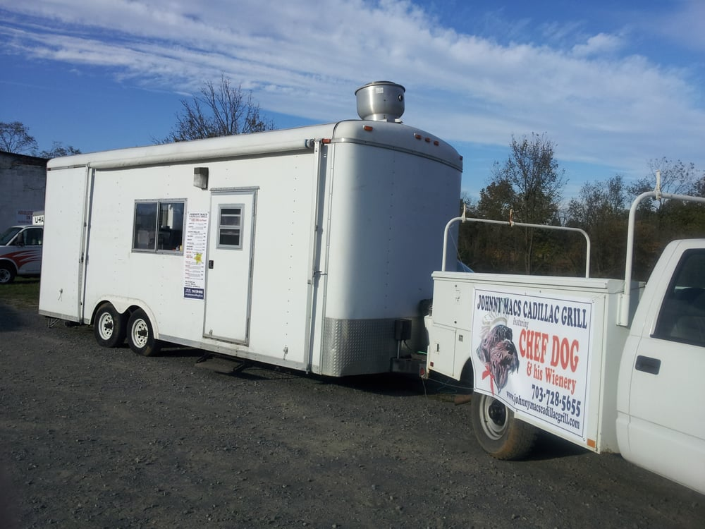 Johnny Mac's Cadillac Grill: Rt 15 S, Leesburg, VA