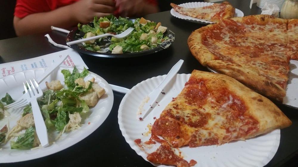 Angelo's Pizza: 46903 Nc 12 Hwy, Buxton, NC