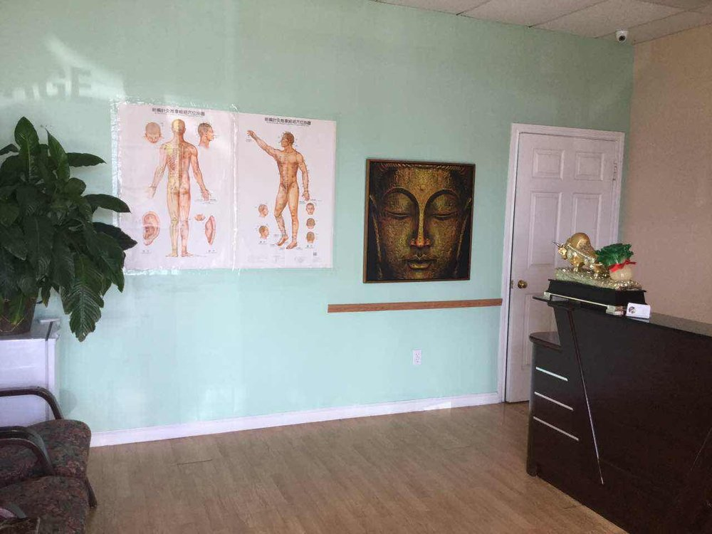 Happy Feet Massage: 4507 Garth Rd, Baytown, TX