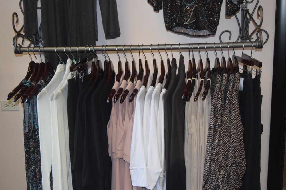 Blush Boutique: 1610 E Thousand Oaks Blvd, Thousand Oaks, CA