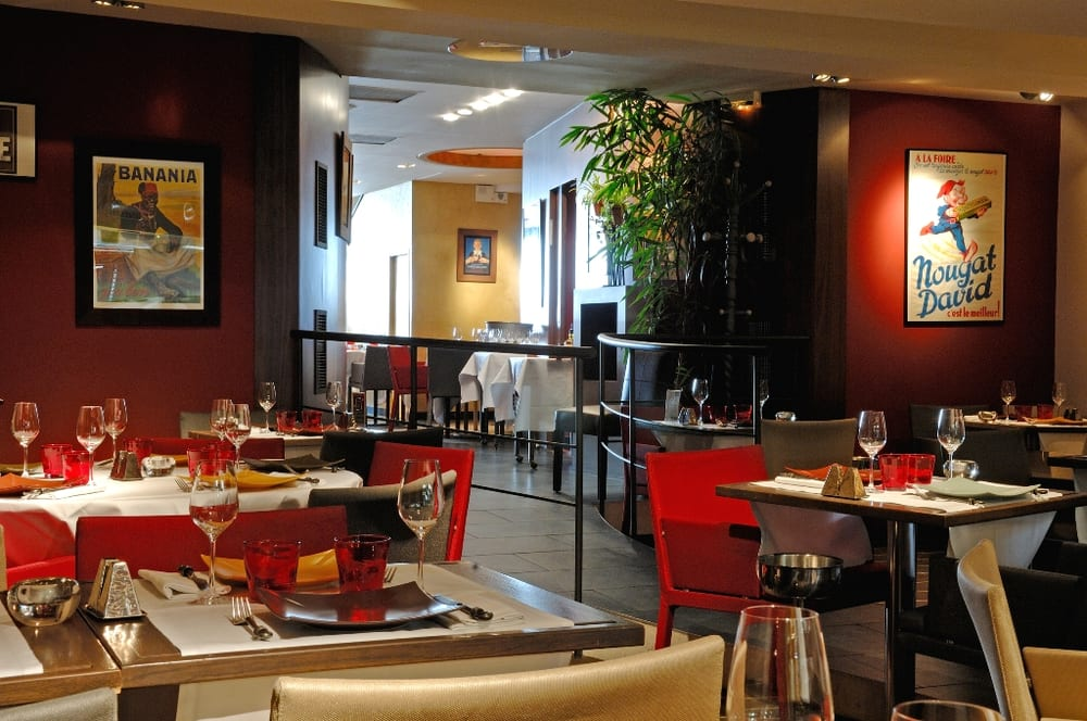 visuel restaurant l 39 entracte la rochelle yelp. Black Bedroom Furniture Sets. Home Design Ideas