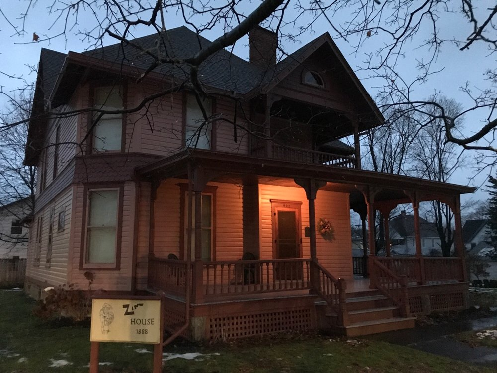 Zim House: 601 N Pine St, Horseheads, NY
