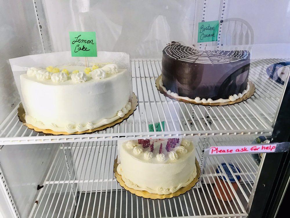 Smithfield Gourmet Bakery And Cafe: 218 Main St, Smithfield, VA