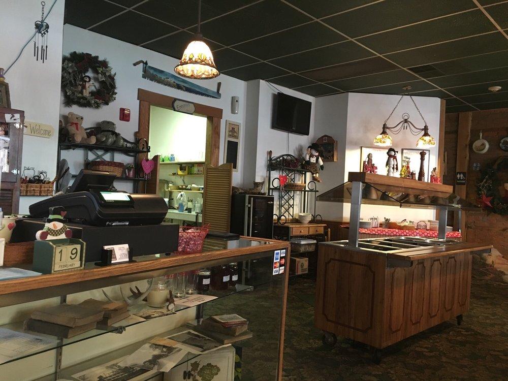Star Hotel Restaurant: 76 North Main St, Franklin, WV