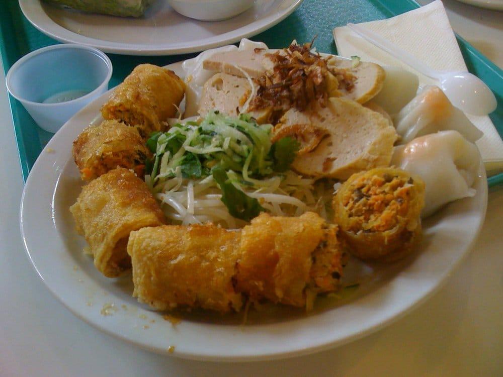 Lion Plaza Food Court