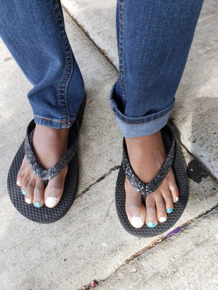 Elite Nails: 4300 Portsmouth Blvd, Chesapeake, VA