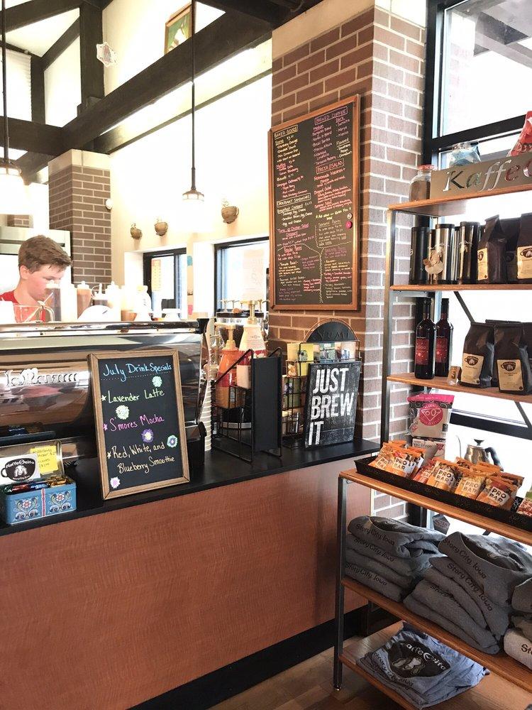 KaffeGeita: 1463 Broad St, Story City, IA