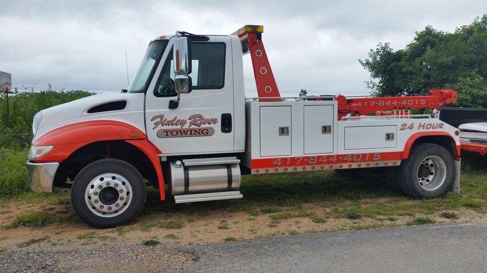 Finley River Towing: 3923 Selmore Rd, Ozark, MO