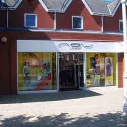 Photo of New Look - Formby Merseyside United Kingdom & New Look - Womenu0027s Clothing - 7 Chapel Ln Formby Merseyside ...