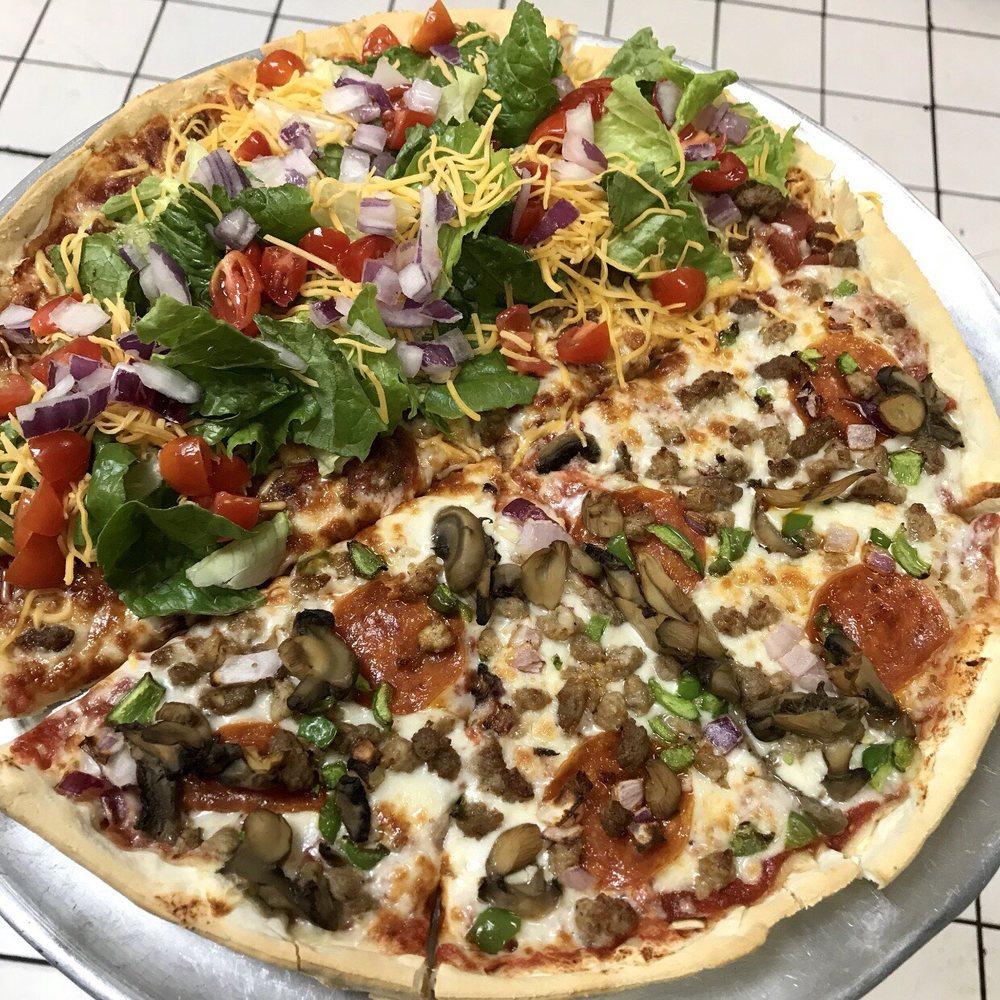 Dexter Pizza Company: 4 N Walnut St, Dexter, MO