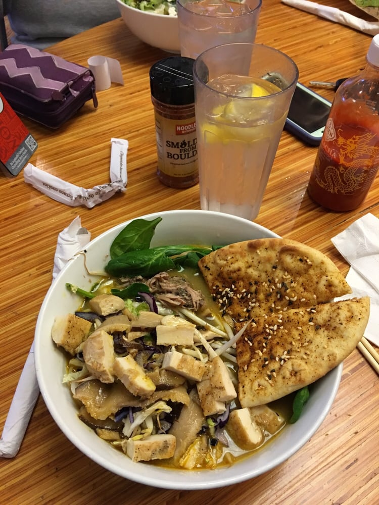 Noodles & Company: 1607 Village Market Rd, Leesburg, VA
