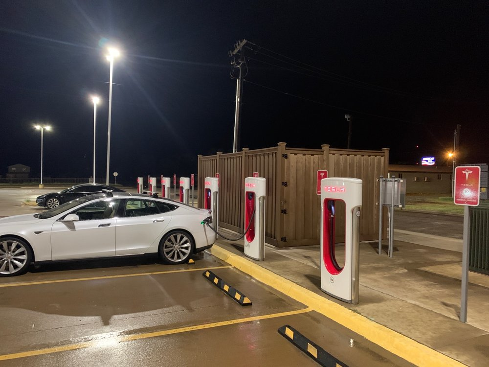 Tesla Supercharger: 1300 Ave F NW, Childress, TX