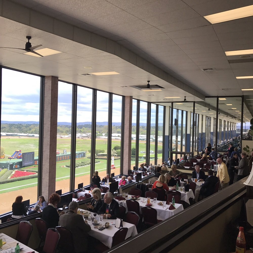 Oaklawn Racing & Gaming: 2705 Central Ave, Hot Springs, AR