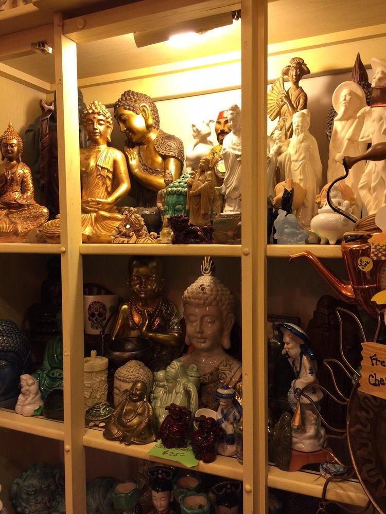 Find Your Peace: 2430 Bayshore Blvd, Dunedin, FL