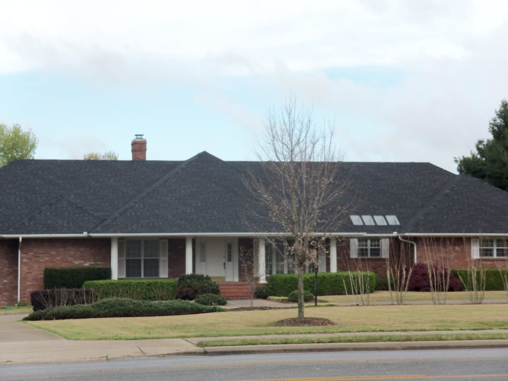Four Seasons Roofing: Rogers, AR