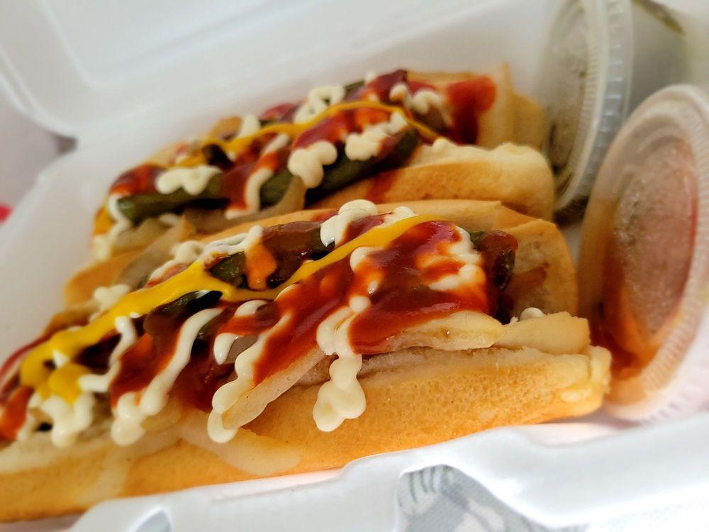 Vanessa's Hot Dogs: 2770 Story Rd, San Jose, CA