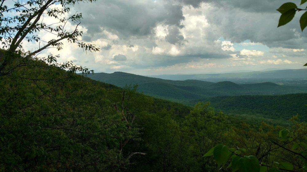 Tibbet Knob Hiking Trail: Wolf Gap Recreation Area, Wardensville, VA