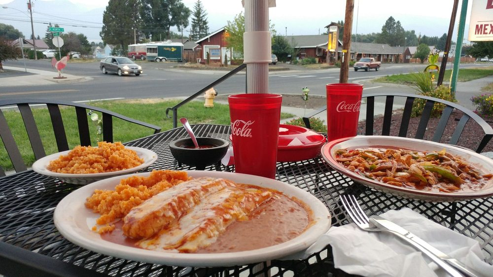 La Laguna Authentic Mexican Food: 307 W North St, Enterprise, OR