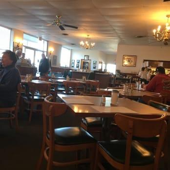 Larry S Restaurant  Skidaway Rd Savannah Ga