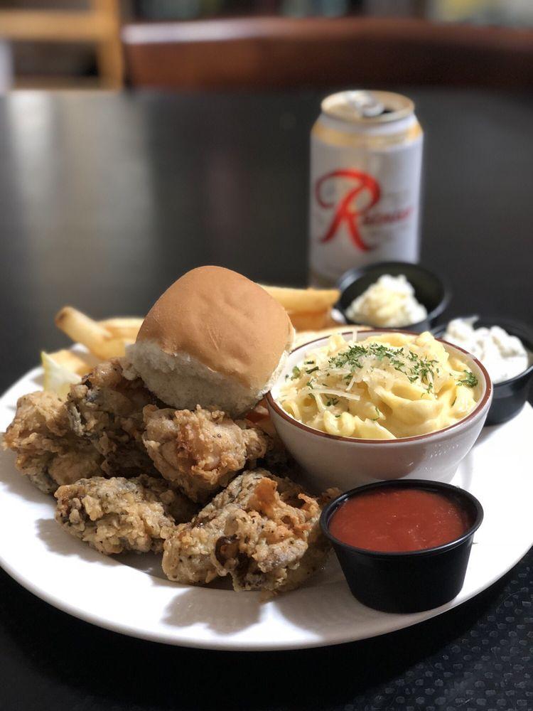Sara's Rusty Spur Bar & Grill: 1201 Bay Ave, Ocean Park, WA