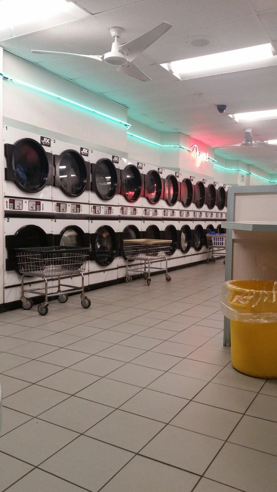Massapequa Laundry: 833 North Broadway, North Massapequa, NY