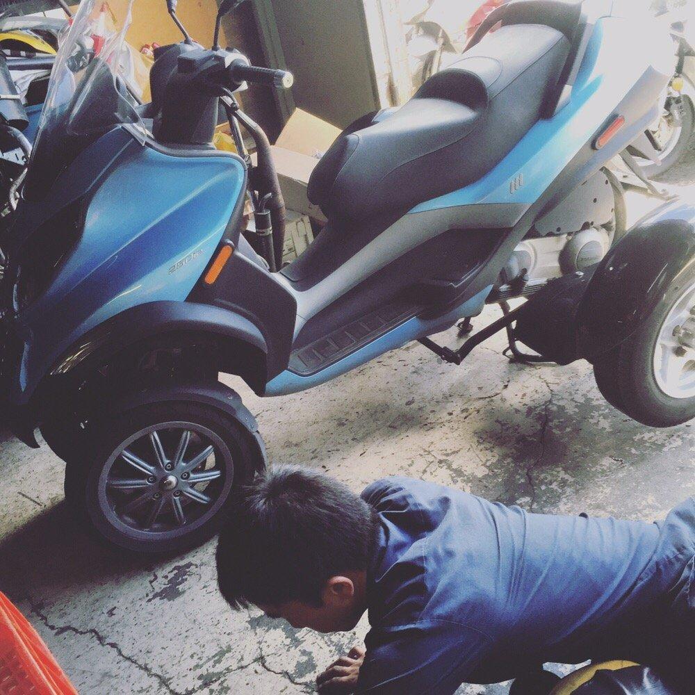 Quik Fix Garage - 34 Photos & 56 Reviews - Motorcycle Repair