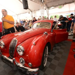 Mccormick s palm springs exotic car auction 83 foto 39 s for Exotic motor cars palm springs