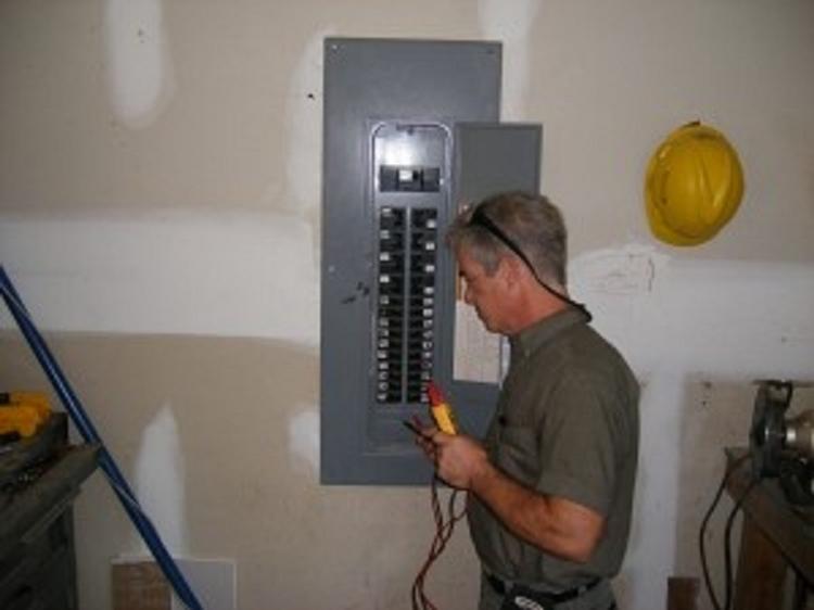 Senoia Electric: 4141 Lower Fayetteville Rd, Sharpsburg, GA
