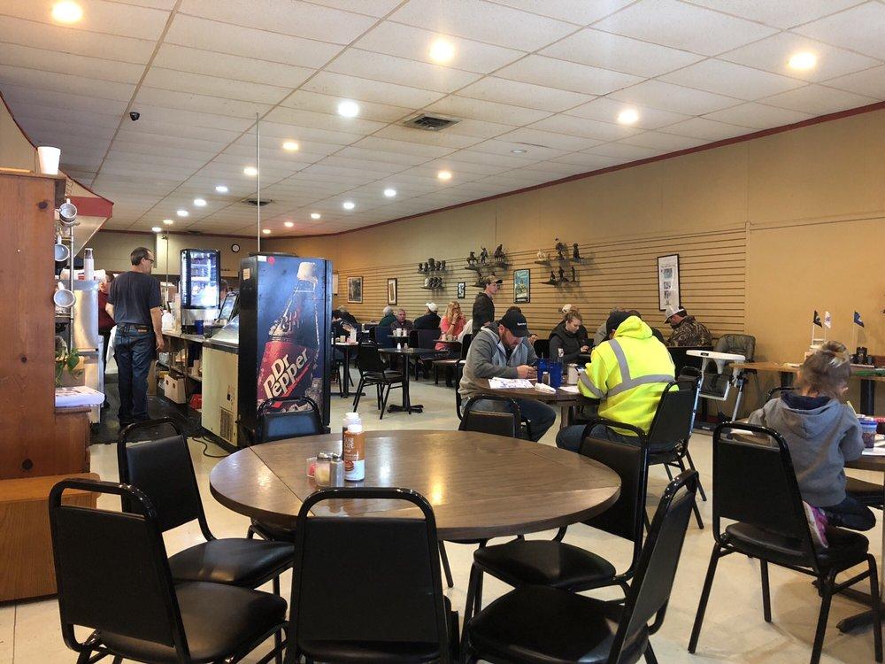 Club Car Cafe: 18497 Dunne Ave, Parksley, VA