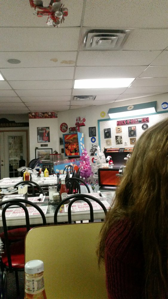 Freddy's Diner: 101 Ford St, Boonville, NY