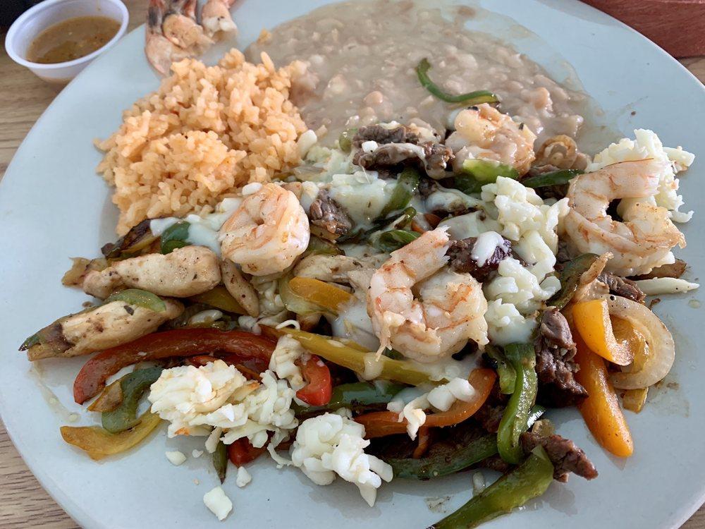 Las Tapatias Mexican Restaurant: 12798 Fellsmere Rd, Fellsmere, FL