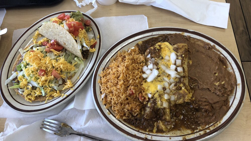 Diamond S Restaurant: 3608 Avenue F, Bay City, TX