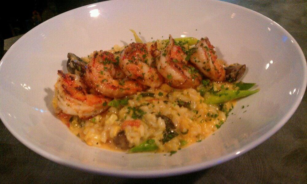 ... shrimp risotto special! Sauteed garlic shrimp, asparagus, sweet corn