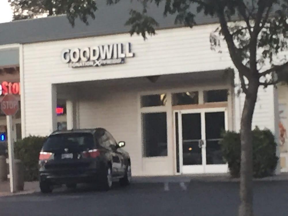Goodwill Donation Xpress: 1341 W Covell Blvd, Davis, CA