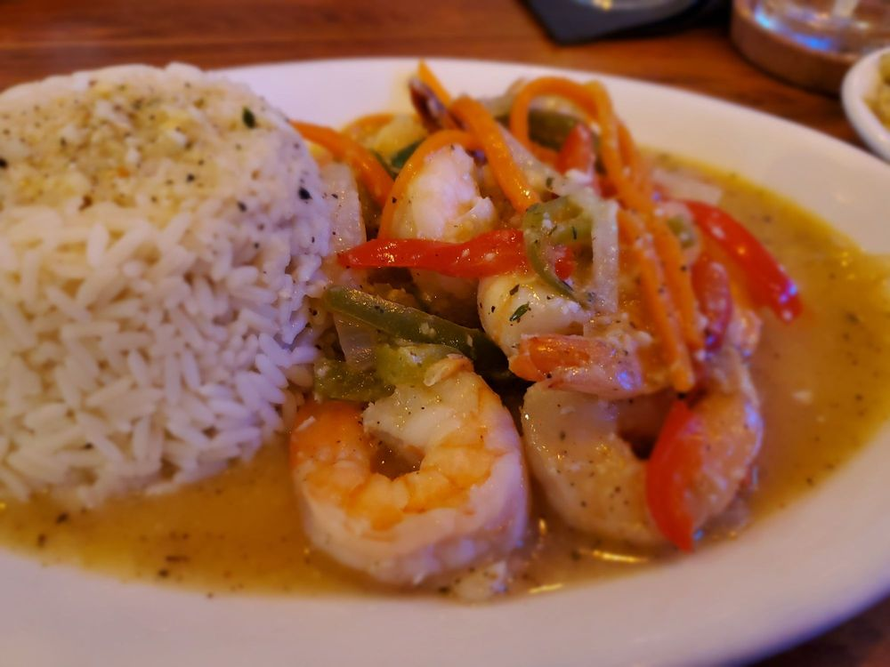 Lorna's Caribbean and American Grille