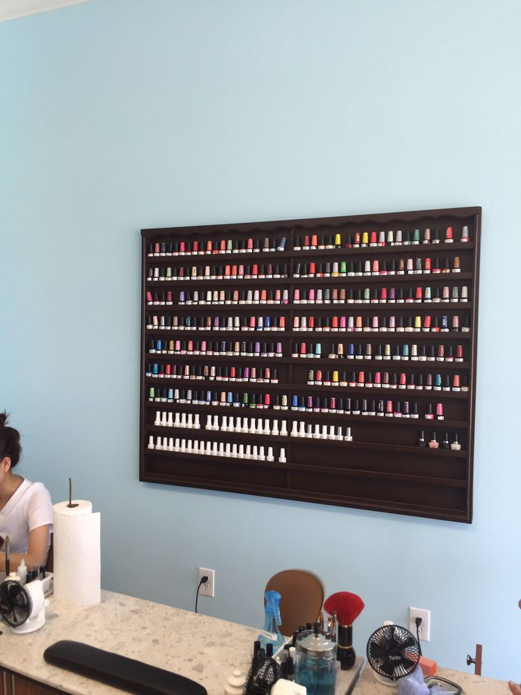 Hollywood Nails & Spa: 275 Park Terrace Dr, Columbia, SC