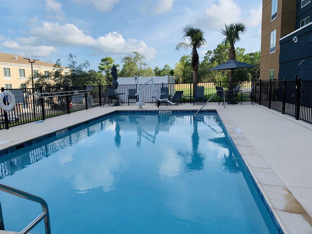 Fairfield Inn & Suites Brooksville Suncoast Parkway: 14082 Cortez Blvd, Brooksville, FL