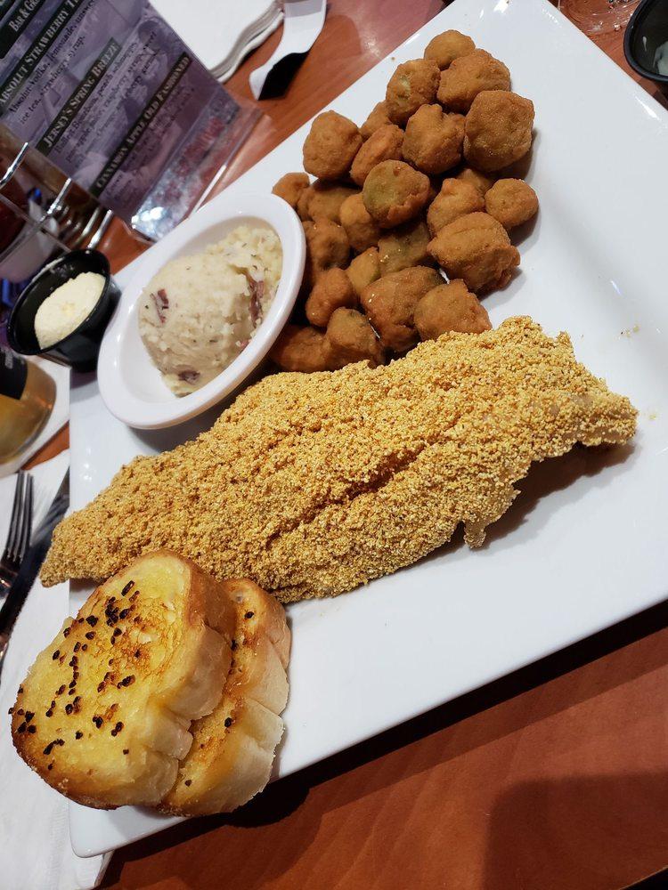 Jersey's Bar & Grill: 2770 Milwaukee Rd, Beloit, WI