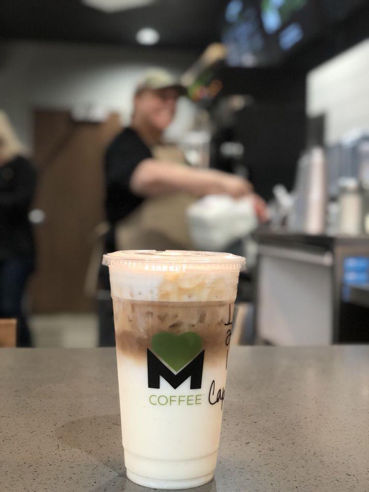 Munchies Coffee: 136 N Valencia Blvd, Woodlake, CA
