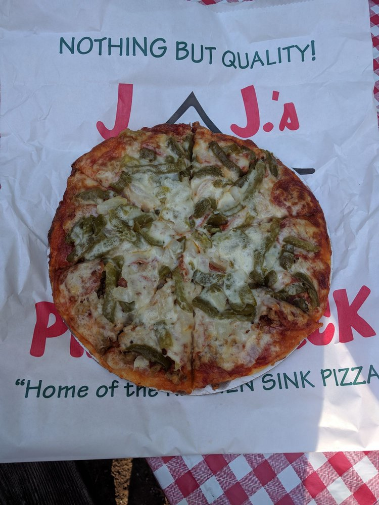 J & J's Pizza Shack: 11920 W State Rd 10, De Motte, IN