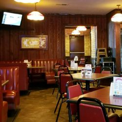 Photo Of Manning S Restaurant Minneapolis Mn United States Slightly Dated Interior