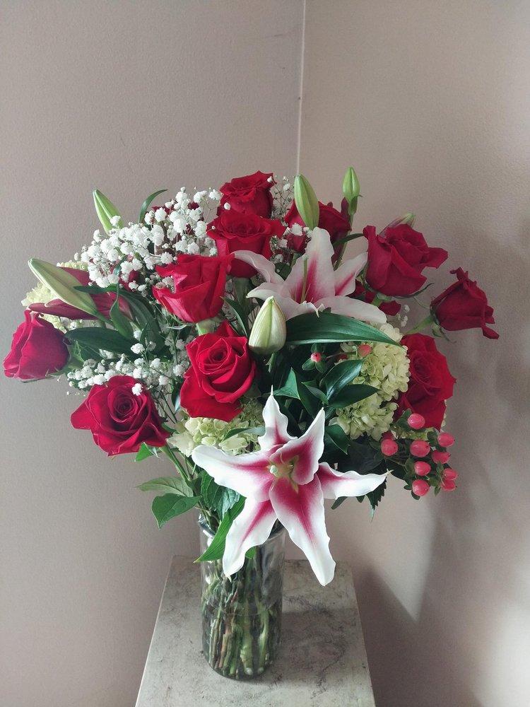 Mayflowers Florist: 4280 N 160th St, Brookfield, WI
