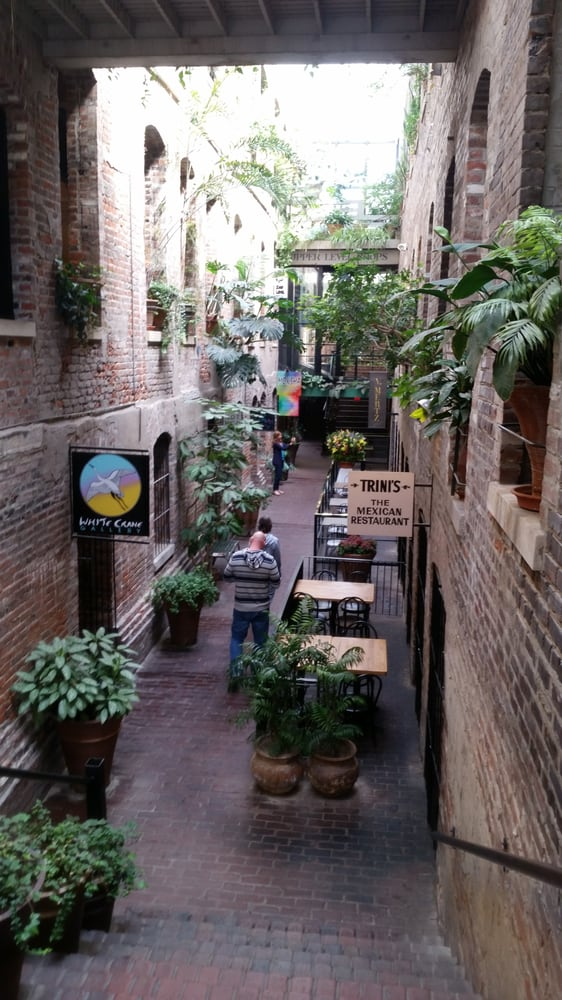 Old market passageway restaurants