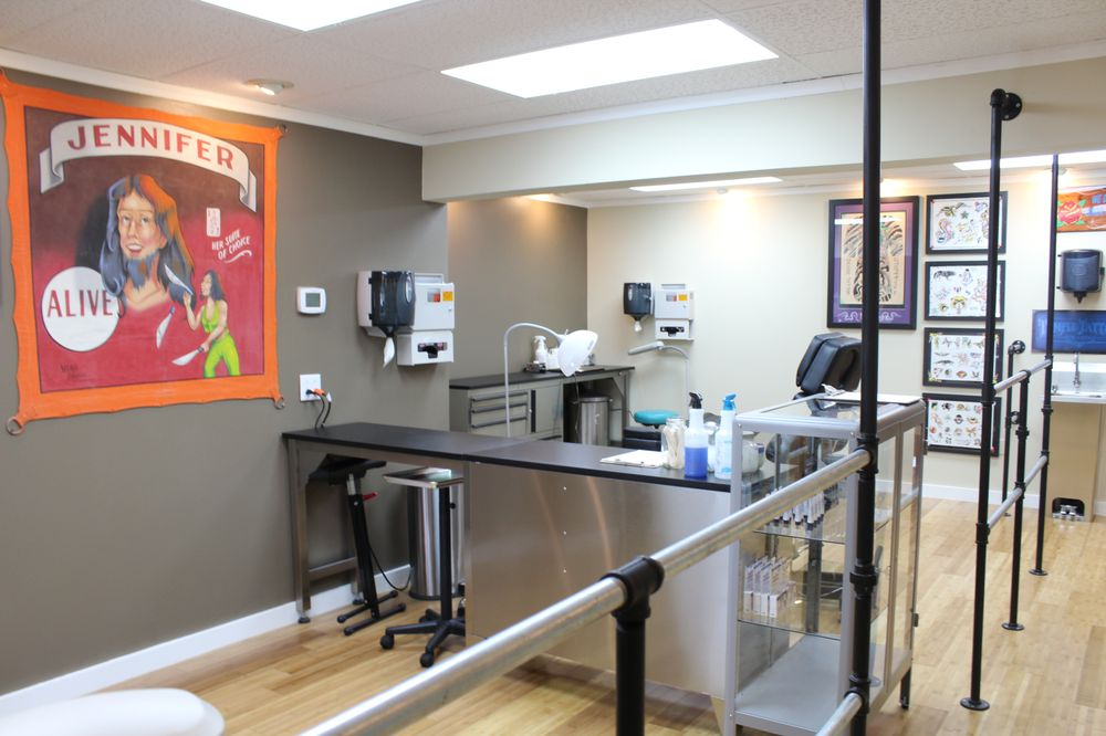 Temple Tattoo & Body Piercing: 250 2nd Ave, Gallipolis, OH